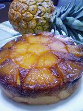 パイナップルサンドダウンケーキ